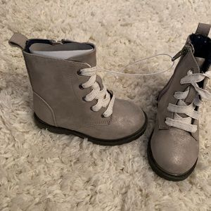 Shoes - Toddler cat & jack boots
